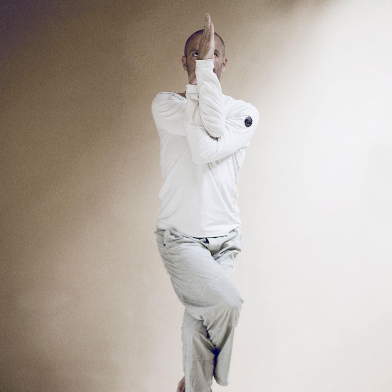 Richard Neururer –Yoga Neururer –Slider Bild